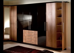Lifestyle Photography | Bedroom Set with High Gloss Doors