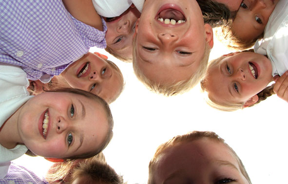 School Photography   Children Over the Camera